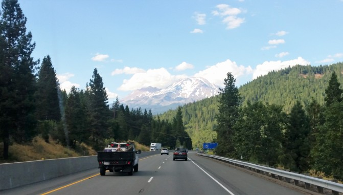 Driving to Mt Shasta